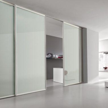 porte-e-pareti-vetro-alluminio-porte-alluminio-bikoncept-porta-plana-incasso-free-minimal-vetro-bianco_Nit_17841